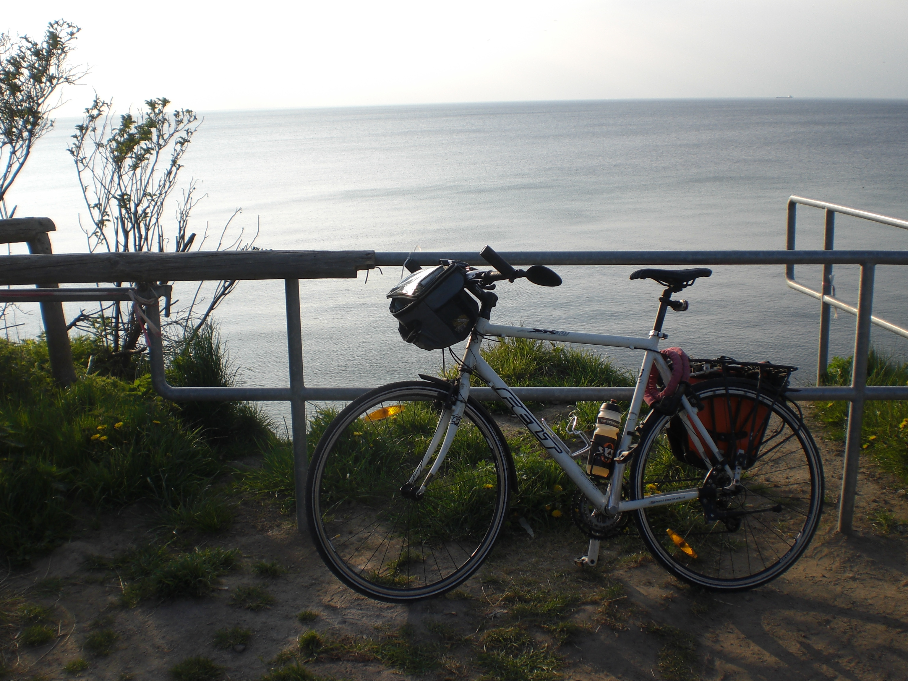 Once you have reached the cliff coast you can park you bike and enjoy the view